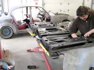 Elisha installs window regualtors in a Mk2 Jaguar