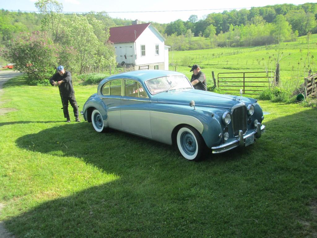Butch & John wash up the Jaguar Mk IX sedan